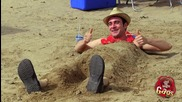 Армия смачкват човек на плажа - Скрита камера