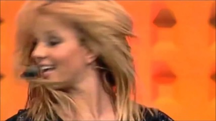 Britney Spears - I'm A Slave 4 U (live Best Preformance)