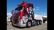 Malko Snimki Na Kamionite Volvo