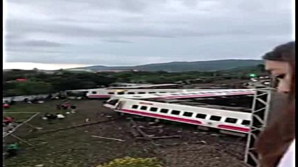 Taiwan: Rescue op. continues after train derailment kills at least 22