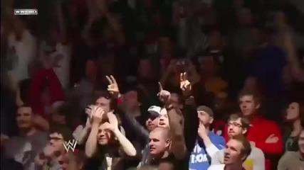 Royal Rumble 2012 - Road Dogg разтърсва залата със своето завръщане