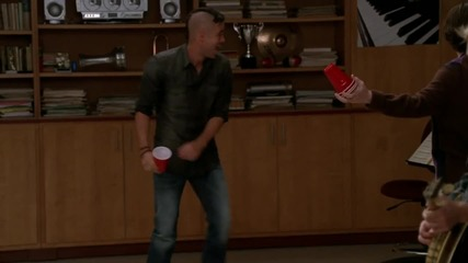 Glee Cast - Red Solo Cup ( High Quality 1024p )