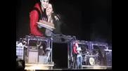 Justin Bieber chestiti rojdeniia den ma maika si po vreme na koncerta si