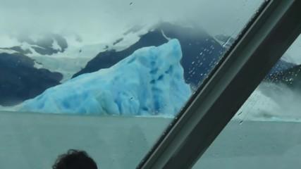 Преобръщане на айсберг!