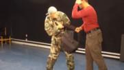 Защита от грабеж на улицата! - майор Франц - урок 9 - Проект Самозащита