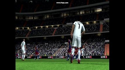 Cristiano Ronaldo Free Kick-fifa 11 !