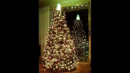 Микс от Коледни песни