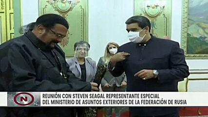 Venezuela: Actor Steven Seagal gives Maduro a samurai sword during his visit to Caracas