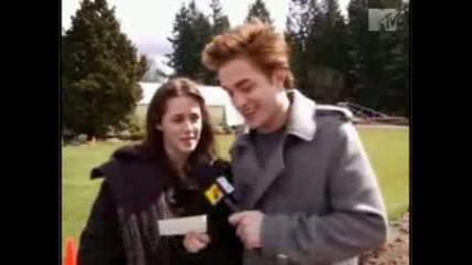 Nikki Reed,  Kellan Lutz,  Rob Pattinson And Kristen Stewart - Mtv Inetrview
