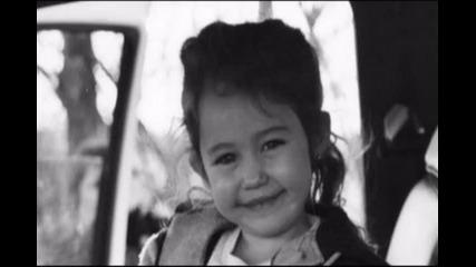 Little Miley .. || Малката Майли..