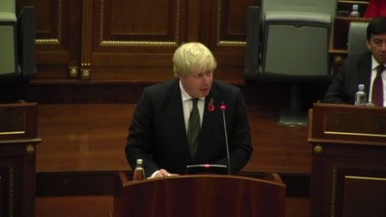 Serbia: Boris Johnson seeks cooperation for peace at Assembly of Kosovo