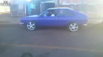 Един бърз старт с колата на баща си!