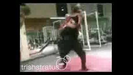 Бойна сцена с Триш от Bail Enforcers