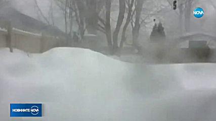 Тежък сняг и ветрове със скорост до 140 км/ч в Канада