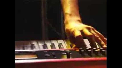 Desert Lion & Hawk (koltura live,  March 2008).wmv