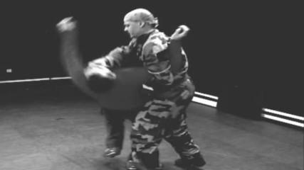 Бойните уроци на майор Франц - видеоклип 1 - подкрепете мисията на Проект Самозащита