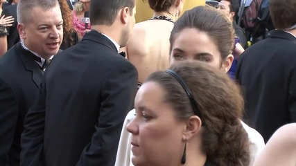 Shailene Woodley Ditches Her Heels at Insurgent Premiere