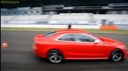 Пет червени Audi Rs5