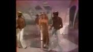 Dalida Il Faut Danser Reggae( Превод)