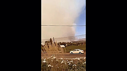 USA: Glass Fire rages near St Helena as thousands evacuate Napa County