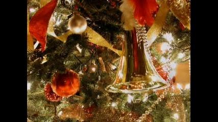 Весела Коледа И Щастлива 2008 Година