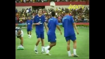 Това доказва че Роналдиньо е най-добрия футболист в света