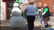 Плашене на пияни хора на St Patrick