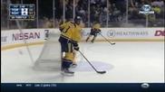 Хокеен вратар спасява два гола във врата си с нечовешки движения !