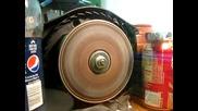 Интересен начин за унищожаване на диск
