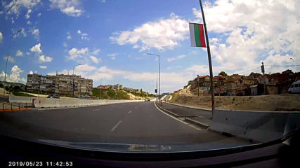 Срутване на нов булевард във Варна