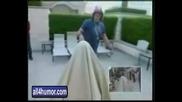 Criss Angel накарва яка мацка да изчезне !!!