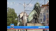 Отрязаха опашката на един от лъвове на Лъвов мост