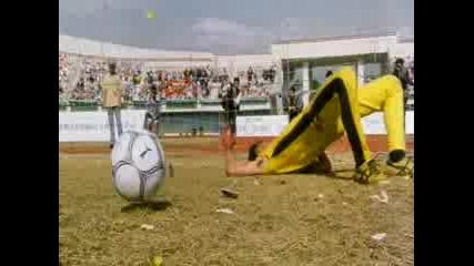 Shaolin Soccer - Final Match 1st Half
