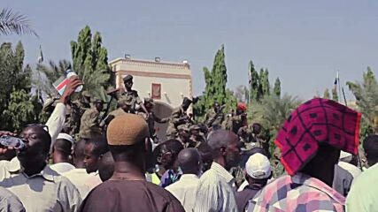 Sudan: Army supporters demand dissolution of govt in Khartoum protest