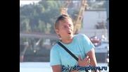 ! Goli I Smeshni - Лято , Море и чифт апетитни гърди