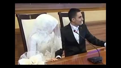 *смях! Нетърпелив младоженец + Превод!