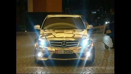 Позлатен Mercedes - C63 Amg
