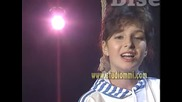 Zorica Junior - Sto grama poljubaca ( Biseri arhive )