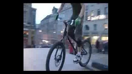 Danny Macaskill - Next Level Street Trials