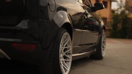 Ford Focus с въздушно окачване.
