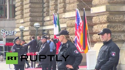 Germany: Protesters heckle G7 energy ministers as they arrive at Hamburg talks