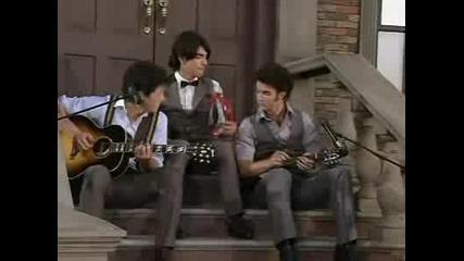 Jonas Brothers - Love Bug (mtv Video Music Awards 2008)
