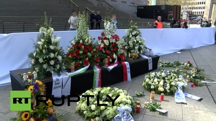 Germany: Crowds gather in Cologne to mourn Germanwings flight 4U9525 victims