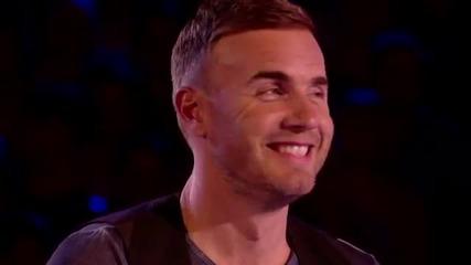 Тоя Пич Побърка Мацките от Публиката - The X Factor Uk 2012