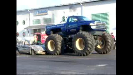 Dodge Ram Monstertruck