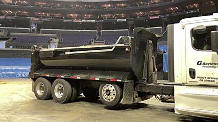 USA: 1.6 million kg of dirt dumped inside Staples Center ahead of full-capacity Monster Jam truck event