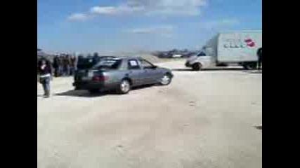 Форд пали гумите до скъсване на писта Дракон, Калояново