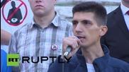 Сърбия: Активист възхваля управлението на Путин по време на анти-правителствен марш