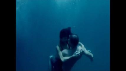 Превод! Nicole Scherzinger - Baby Love ( H Q )