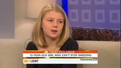 12 годишно момиче не може да спре да киха